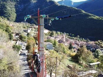 Enedis intervient sur le réseau électrique de Moulinet pour la protection des oiseaux en partenariat avec la LPO © Enedis