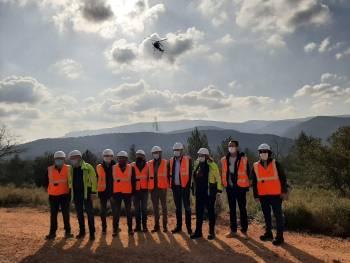 Dépose des derniers supports par hélicoptère © LPO PACA